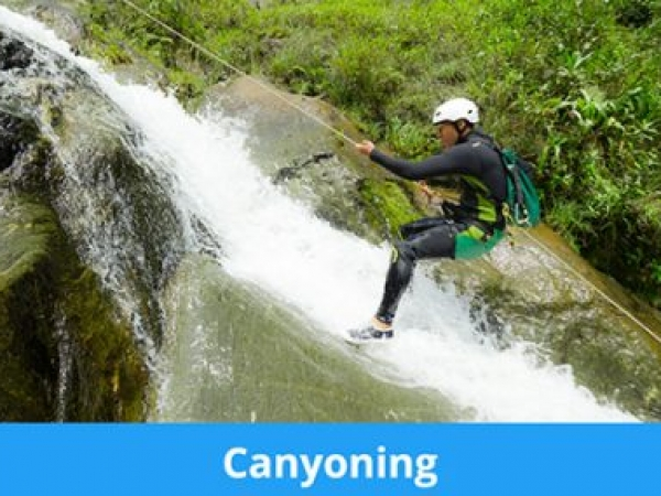 canyoning2AFA138C-449C-B13F-041D-75812FE39372.jpg